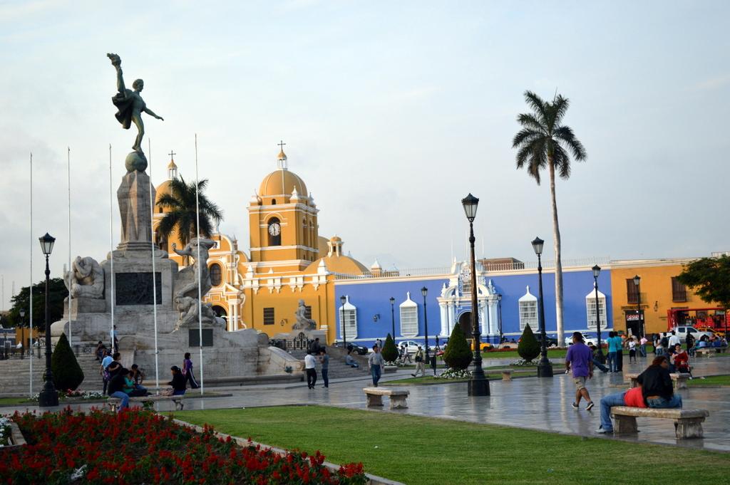 Trujillo gezilecek yerler,Peru