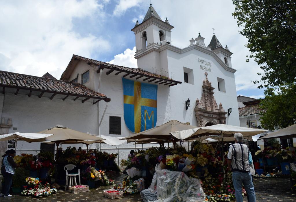 Cuenca flower bazaar