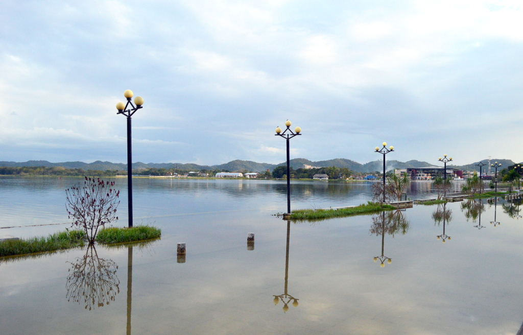 Peten Itza gölü